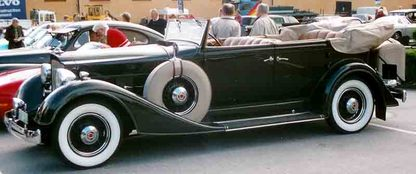 Packard_1101_eight_convertible_se_3